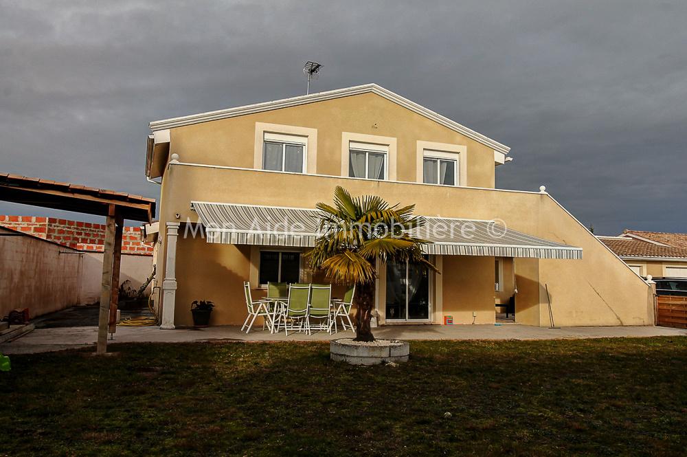 Annonce vente maison saint savin 33920 192 m 283 500 for Annonce maison particulier
